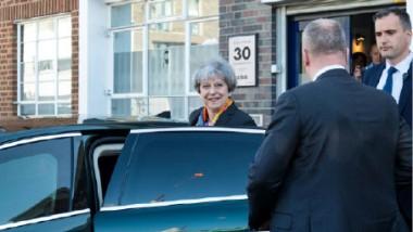فوز كبير للمحافظين بزعامة «ماي» في الانتخابات المحلية في بريطانيا