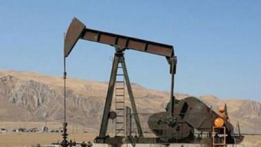 أسعار النفط تهبط مجدداً بعد ارتفاع الإنتاج الاميركي