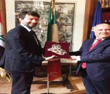 رواندزي يتسلّم في إيطاليا تقريراً تفصيلياً عن الآثار المدمرة