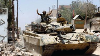 """تدمير الخطوط الدفاعية لـ""""داعش"""" في المدينة القديمة بأيمن الموصل"""