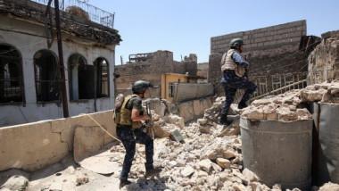 عشرات القادة والأطباء والإرهابيين الأجانب محاصرون بالموصل القديمة
