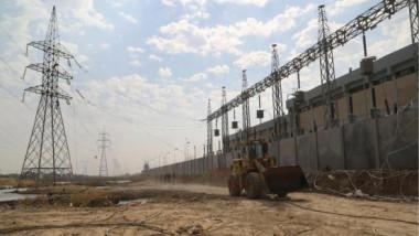 مدير عام مشاريع نقل الطاقة يطّلع على أعمال تشغيل محطة المعري الثانوية