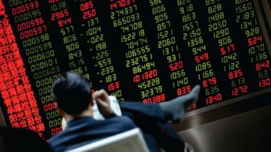 الأسواق الإقليمية تواصل أداءها الضعيف مقارنة بالعالمية