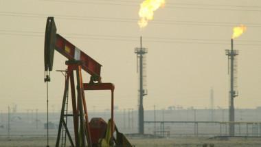 السعودية ستخفض صادراتها النفطية في آب لأدنى مستوى