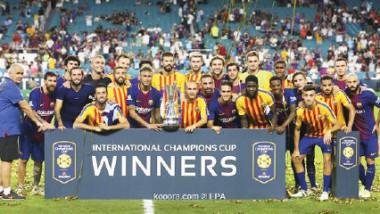برشلونة يسقط ريال مدريد ويتوّج بالكأس الدولية للأبطال