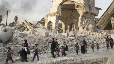 """""""داعش"""" يسعى لتكرار سيناريو الموصل والاحتماء بالمدنيين في تلعفر"""