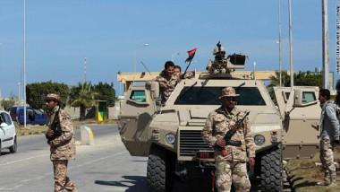 الجيش الليبي يستعدُّ لمعركة استعادة الهلال النفطي من المسلحين بعد سقوط بنغازي
