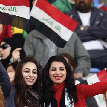 «النواعم».. يدعمن ملف رفع الحظر  ويسهمن في تأكيد عشق النساء لكرة القدم