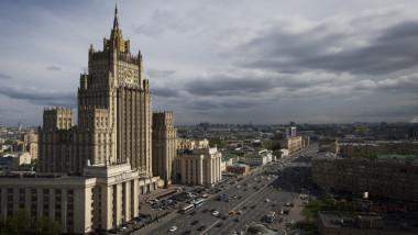 موسكو تحتفظ بحق الرد في حال لم ترفع واشنطن يدها عن الممتلكات الدبلوماسية