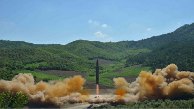 اجتماع طارئ لمجلس الأمن عقب إطلاق بيونغ يانغ صاروخا جديدا