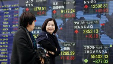 استقرار الذهب والدولار.. وارتفاع  مؤشر السوق الياباني