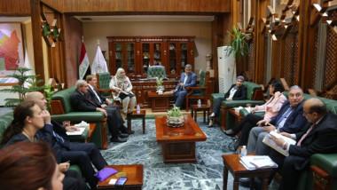 """""""الأمانة"""" تبحث مع السفارة البريطانية آليات تنفيذ مشروع """"مترو بغداد"""""""