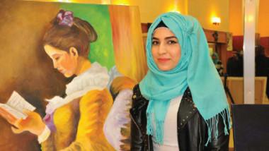 فنانة تشكيلية واعدة: جيل الشباب يبحث عن الذات والساحة الفنية بلا نقاد