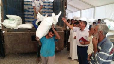 التجارة تجهّز المواطنين في نينوى ومخيمات إيواء النازحين بالطحين