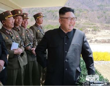 زعيم كوريا الشمالية يراقب السلوك الأميركي قبل أن يصدر أمرًا بقصف «غوام»