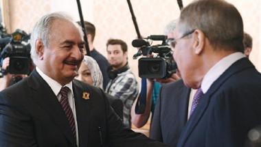خليفة حفتر يتعهَّد بمواصلة الكفاح للقضاء على الإرهاب والسيطرة على كل ليبيا