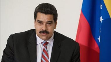 مادورو يأمر بمناورات عسكرية ردا على ترامب ومساءلة «الخونة»