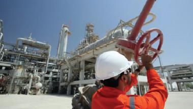 «النفط» تسعى إلى دعم مشاريع الغاز بشراكات عالمية