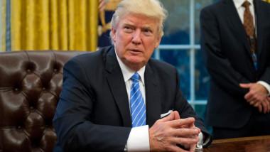 ترامب يوسّع قيودا على السفر لأميركا لتشمل كوريا الشمالية وفنزويلا