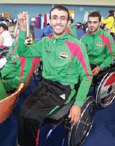 البارالمبية الدولية تمنح المبارز  عمار هادي درع الشجاعة