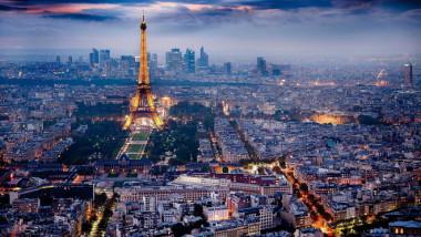 فرنسا تخفض تقديرات العجز العام