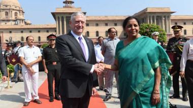 ماتيس يسعى لتعزيز العلاقات مع الهند وسط تزايد النفوذ الصيني