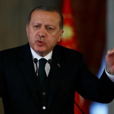 أردوغان يبدأ حملته الانتخابية من البوسنة