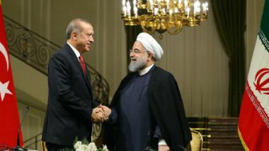 انتشار المزاعم بشأن مساعدة تركيا لإيران على رفع العقوبات الأميركية عن طريق التجارة
