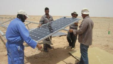 استغلال الطاقة الشمسية في مشروع المياه البديلة (الساقي)