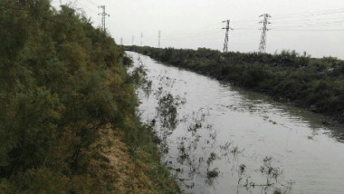 «الموارد المائية» تواصل تطهير الجداول والأنهر استعداداً للموسم الشتوي