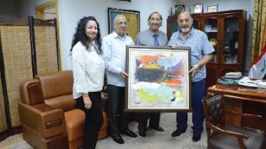 """""""برهان جبر"""" يهدي المتحف الوطني للفن الحديث واحداً من أعماله التجريدية"""