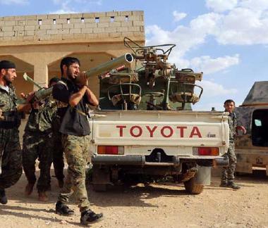 قوّات سوريا الديمقراطية تعلن السيطرة  على أكبر حقل نفط رئيس في شرق البلاد