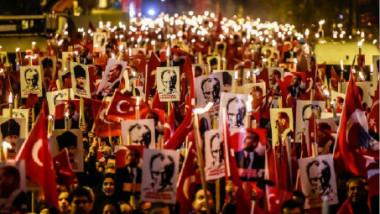 تركيا تستأنف محاكمة أكثر من 220 شخصا بتهمة الضلوع بمحاولة الانقلاب