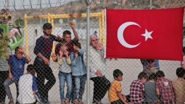 برنامج المساعدات النقدية للاتحاد الأوروبي يصل إلى مليون لاجئ من عراقيين وسوريين في تركيا