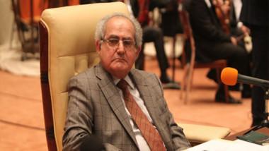 وفاة النائب مهدي الحافظ عن عمر يناهز 74 عام