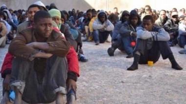 الأمم المتحدة تجلي أول مجموعة من اللاجئين من ليبيا إلى النيجر
