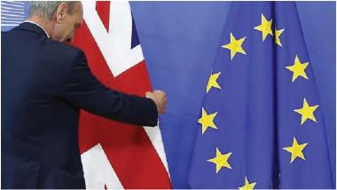 الاتحاد الأوروبي يبدي استعداده لاتفاق تجاري مع بريطانيا