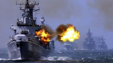 طيران التحالف يفجر ألغاماً  في البحر الأحمر لاستهداف السفن