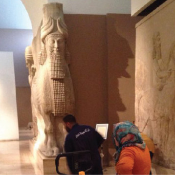 """""""الصباح الجديد"""" تشارك بحملة تطوعية في المتحف العراقي"""