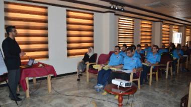 25 مشاركاً في دورة دراسات حكام الغطس الدولية
