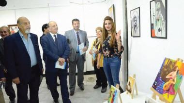"""معرض بعنوان """"تشكيليات وأمنيات""""  بمشاركة 15 فنانة عراقية"""