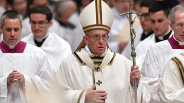 البابا فرنسيس ينتقد قرار ترامب بشأن القدس ويدعو الى السلام في المدينة