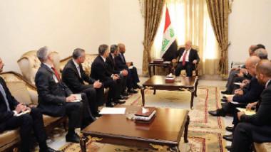 العراق وجنرال إلكتريك يبحثان تطوير قطّاع الطاقة