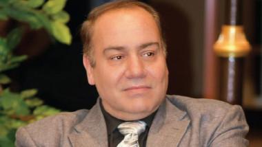 المخرج طلال هادي: (ماكو مثلنه) محاولة لاستعادة الجمهور والعائلة العراقية