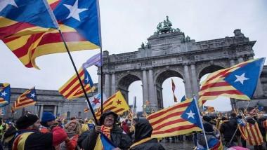 انفصال كتالونيا يضغط على الاقتصاد الإسباني