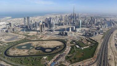 دبي تعتمد موازنة قياسية لـ 2018