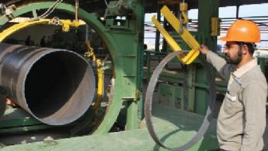 وزير الصناعة يناقش مراحل تأهيل معامل  الحديد والصلب والأسمدة في البصرة