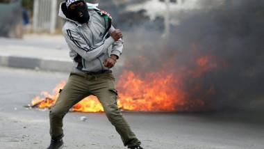 مقتل فلسطينيين اثنين وإصابة عشرات باحتجاجات ضد أميركا