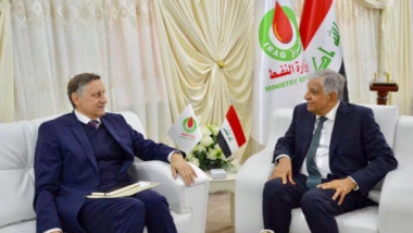 العراق يدعو الشركات الألمانية لتطوير صناعته النفطية والغازية