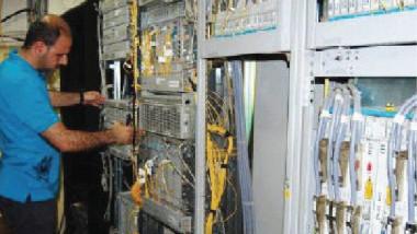 إصلاح عارضة للكابل الضوئي في البصرة ومتابعة عمل محطة الفاو البحرية